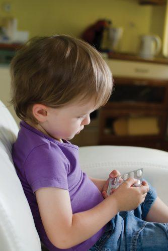 Фармацевтическая упаковка с функцией защиты от вскрытия детьми и простая в использовании для пожилых людей – результаты исследований