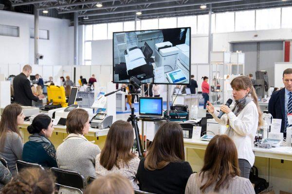 На «LIAS by HLR» показали найновіші рішення для підприємств фармацевтичної галузі